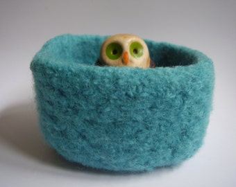 felted wool bowl turquoise square container  ring holder jewelry holder desktop organizer