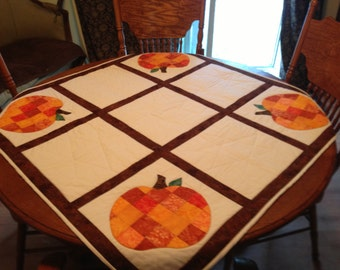 Pumpkin Table Topper