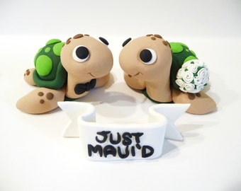 Sea Turtle Wedding Cake Topper With Sign - Choose Your Colors