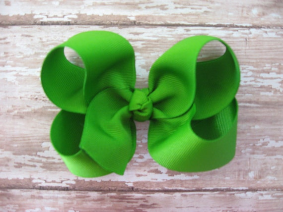 Boutique hair bow - KELLY GREEN boutique hair bow - baby hairbows, girl hairbows, boutique hairbows