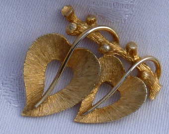 Double Heart Pin Brooch by JJ Brushed Gold Plated Costume Jewelry