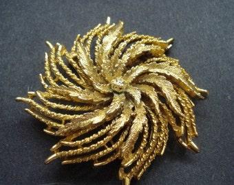 Prestigious MARCEL BOUCHER BROOCH - Vintage Brooch by Marcel Boucher - 1940s -  Large  - Golden Swirl Perfect Gift