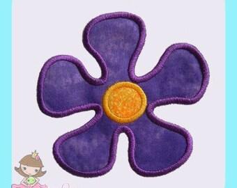 Groovy flower Applique design