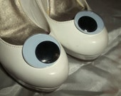 Google eye shoe clips - silly and funny - set of 2 - womens girls shoe clips for shoes