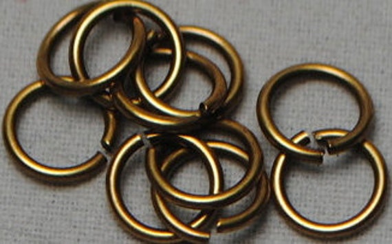6mm Round Jumpring 20 Gauge - Antique Gold Trinity Brass - 50 Jumprings