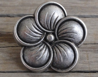 "Large Neroli Flower Metal Buttons - 3/4"" Shank Buttons"