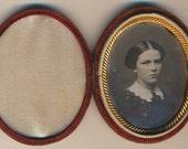 Vignette Portrait Daguerreotype Velvet Oval Case Dag photograph