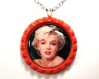 Marilyn Monroe bottle cap necklace chain included VLV
