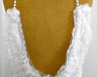 White Petal Pearl Strands Appliques