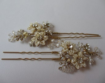 Ivory Hair Pin, Bridal Hair Comb, Soft Ivory, Seed bead flowers, Genuine Swarovski Crystals