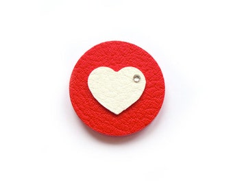 MINIMALISTIC HEART BROOCH for St. Valentine's Day