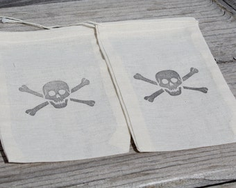 Set of 10 Hand stamped Skull & Crossbones Jolly Roger Flag Pirate Kids Birthday Party Favor Muslin Bags 100% organic made in america