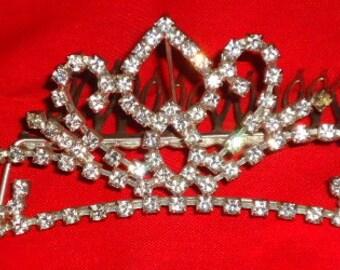 Rhinestone tiara with comb