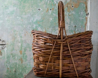 Vintage Woven Basket, Hand Woven Basket, Folk Art, Vintage Home Decor