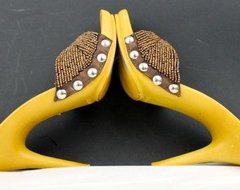 1970 Beaded Studded High Heels Temtation Size 6 Stiletto Heel 6