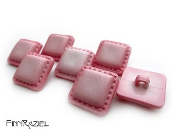 5 pink buttons 20mm shank buttons square