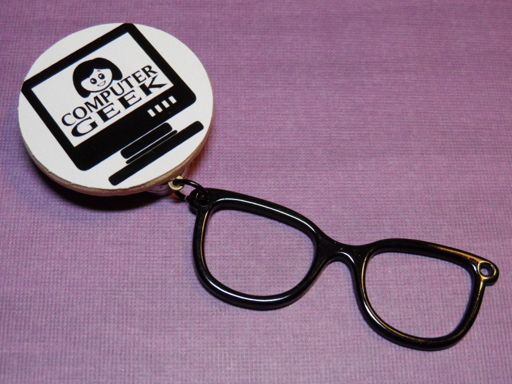 eyeglass sunglass holder magnetic brooch style