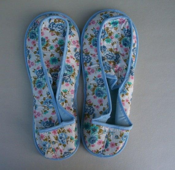 Vintage Angel Treads AKA Dearfoam Bedroom Slippers Blue Fleur