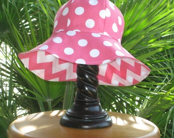 Sun Hat, Sunhat,  Girl's Reversible Chevron and Dots  Sun Hat