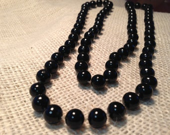 Vintage Necklace of Black Beads