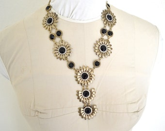 Vintage Flowered Black Stone Necklace