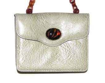 Vintage 60s Champagne Crocodile Faux Leather Handbag w/ Marbled Plastic Chain Strap & Glass Cabochon