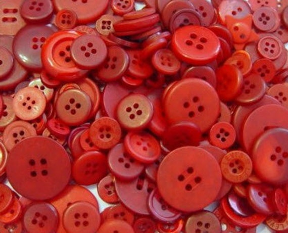 """25 Mixed Red Sewing Buttons, multi sizes 1/8"""" up to 1-1/2"""", with gift wrap"""