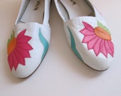 unsia flat shoes, pink flower white leather shoes, size 6 b..use coupon code FIFTYOFFSALE for 50% off