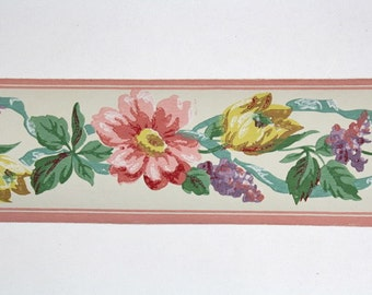 Full Vintage Wallpaper Border - TRIMZ -  Beautiful Floral, Pastel Flowers of Pink Yellow and Purple