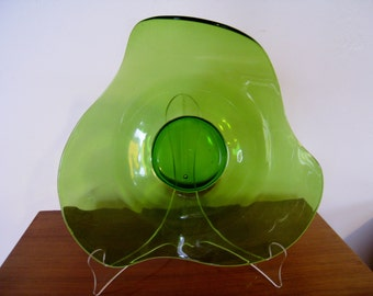 Viking stretched green glass serving platter or plate amebic amorphic shape mid century modern