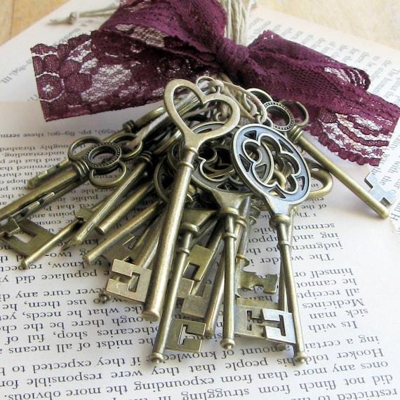 Key Decorations: Items Similar To Skeleton Key Favors (24) Skeleton Key