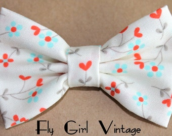 Fabric Hair Bow Clip Floral Hearts Red Aqua 1940s Rockabilly Pin Up Bows Baby Bow Women Teens Shabby Chic Bow Tie Hair Clip Accessory