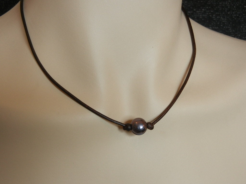 single black pearl and leather necklace and matching bracelet