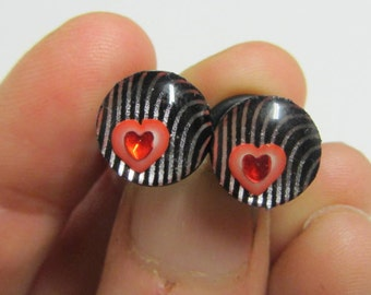 Black and Silver with inner Heart Jewel Plugs