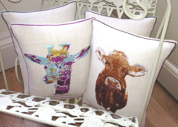 Vintage Linen, Cordell the Cow, Embroidery Art Throw Cushion