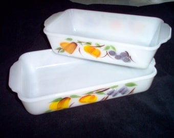 Vintage Anchor Hocking Fire King Gay Fad Fruit Baking Dishes