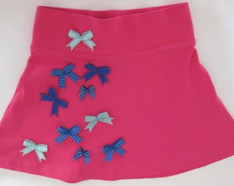 Nice jersey skirt with little bows -size 98/104-