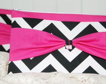 SET of 6 BRIDESMAID Clutches  in Black White Chevron with Hot Pink