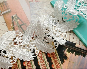 Retro Venice Lace Trim with Embroidered Leaves for Bridals Jewelry Supplies