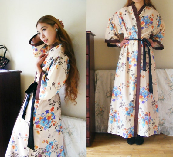 Kimono robe dressing gown