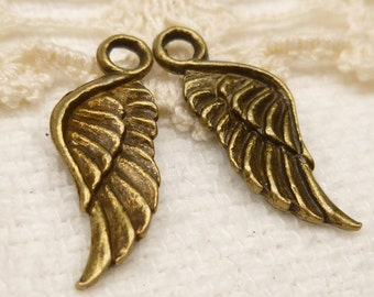 Feathered Angel Wings, Antique Bronze Tone (8) - A54