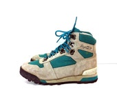 90s Leather High Top Hiking Boots 7 - Lace Up Hightop Sneakers 7 - Camp Boots 7