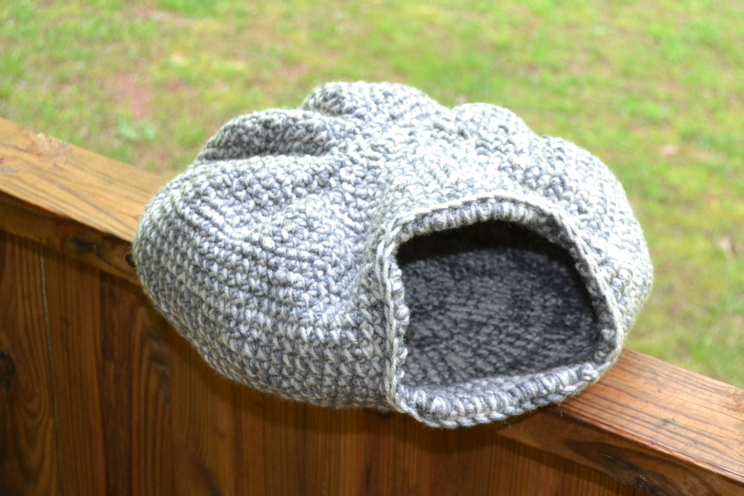 Free Crochet Pattern For A Cat Bed : Crochet Cat Cave Gray and White Neutral Pet Bed Handmade