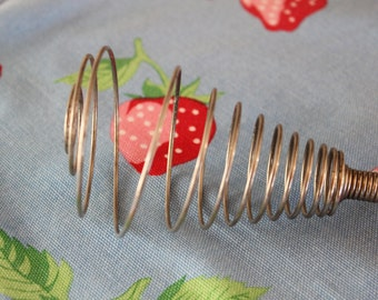 Vintage 1950s Coiled Wire Whisk