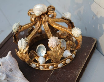 Seashell Crown/ Gold crown