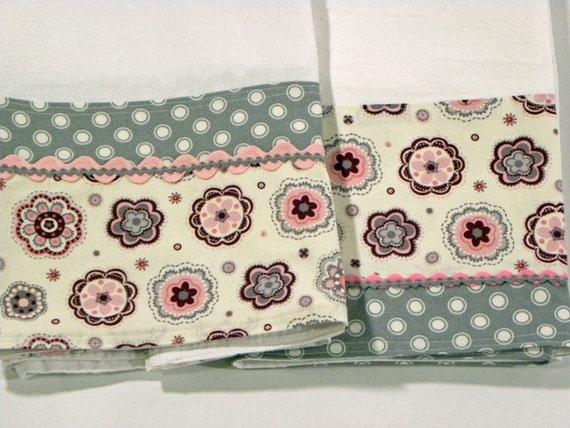 grey polka dot tea towel flour sack towel set of two grey. Black Bedroom Furniture Sets. Home Design Ideas