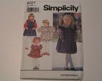 Simplicity Pattern 8021 Child Dress Pinafore