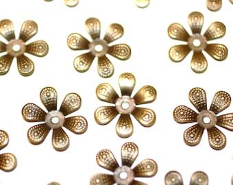 100pcs  Antique Brass Bead Caps Flower Caps 16mm