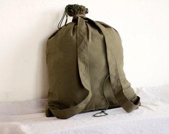 Military Backpack Green Canvas Army Backpack 1980's Rucksack Duffle Bag, Military Surplus