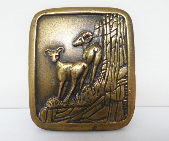 Vntage belt buckle, Rams, Art Deco style, Indiana Metal Craft 1976